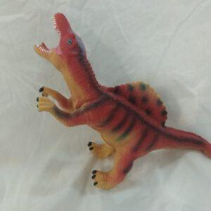 """בובת """"טירנוזאורוס רקס"""" מגומי רך משמיע קולות"""