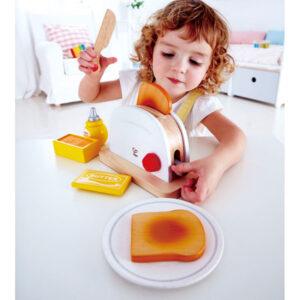 """משחק דמיון באוכל – טוסטר עץ """"HAPE"""""""