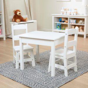 """סט שולחן  2 כסאות – בצבע לבן """"Melissa & Doug"""""""